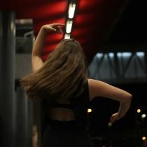 Tamara Ott Kathak spin backwards